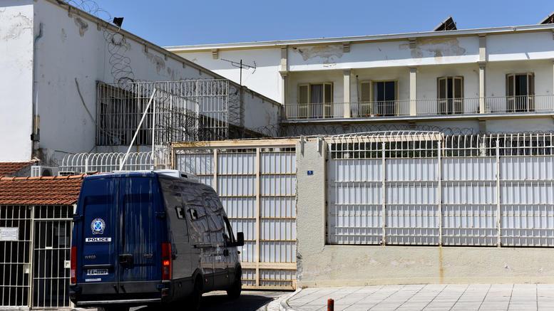 Ο δολοφόνος του Ζαφειρόπουλου έσφαξε στον Κορυδαλλό τον μακελάρη του Μικρολίμανου