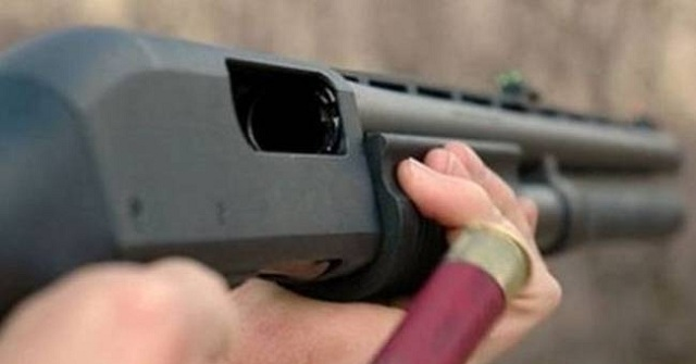Αναζητείται ο δράστης των πυροβολισμών στο Αλιβέρι