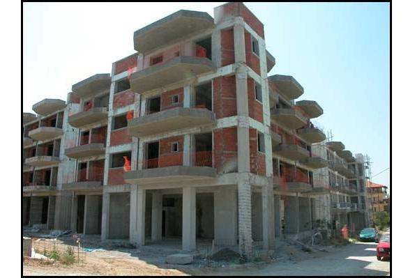 """ΕΛΣΤΑΤ: """"Ζωντανεύει"""" η οικοδομή. 1.575 οικοδομικές άδειες σε ένα μήνα"""