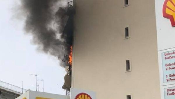 Διάσωση θρίλερ σε σπίτι που καίγονταν στην Νέα Ιωνία