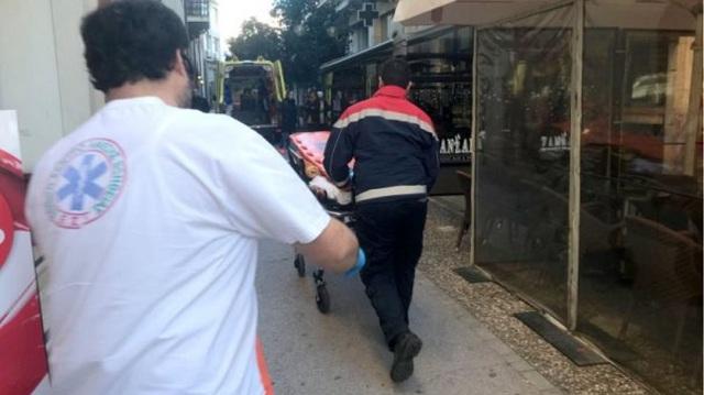 Τραγωδία μετά τον γάμο: Νεκρή μία γυναίκα που έπεσε από κυλιόμενες σκάλες