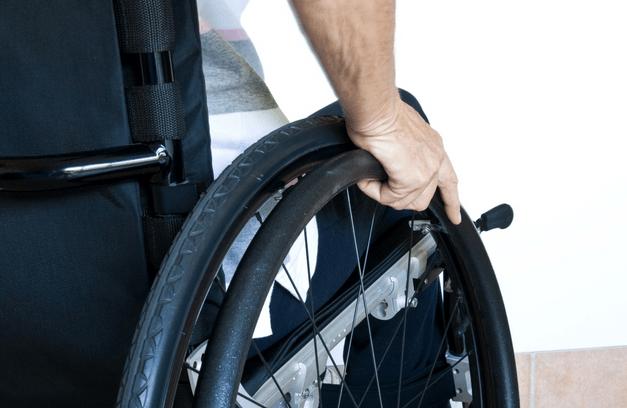 Επείγον αίτημα ατόμων με αναπηρία