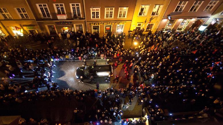 Η Πολωνία αποχαιρετά τον δολοφονημένο δήμαρχο του Γκντανσκ