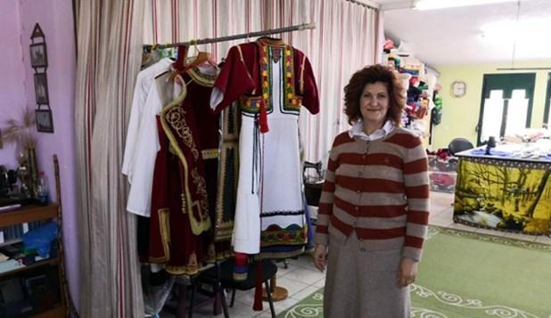 Παραδοσιακές στολές από τα Τρίκαλα «ταξιδεύουν» σε όλο τον κόσμο
