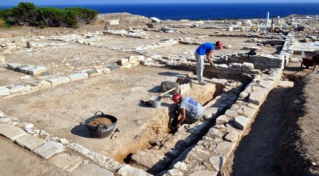 Δεκαεπτά μνημεία της Μαγνησίας στο «σφυρί»