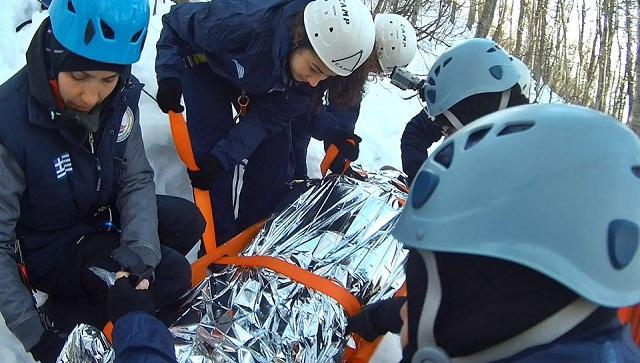 Ασκηση: Διάσωση τραυματία σκιέρ στο Χιονοδρομικό Κέντρο Πηλίου [photos]