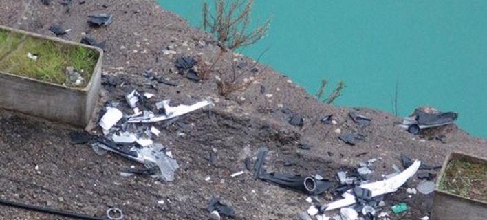 Συναγερμός στο Αγρίνιο με εξαφάνιση 35χρονης: Εντοπίστηκαν συντρίμμια του ΙΧ της σε λίμνη [εικόνες]