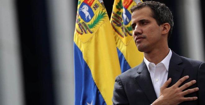 Χουάν Γκουαϊδό: Ποιος είναι ο νεαρός πολιτικός που «εκτόπισε» τον Μαδούρο