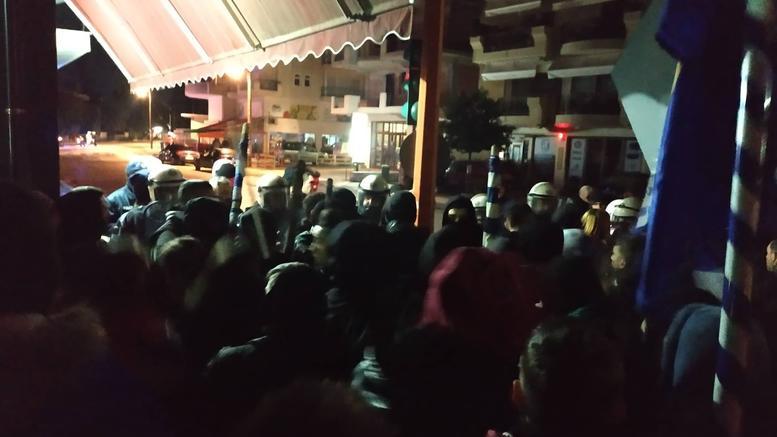 Απέκλεισαν το σπίτι βουλευτή του ΣΥΡΙΖΑ στην Κατερίνη