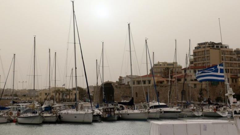 Πέπλο αφρικανικής σκόνης στα Χανιά [εικόνες]