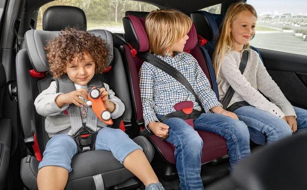 Η Μητρόπολη θα προσφέρει παιδικά καθίσματα αυτοκινήτου σε μαθητές