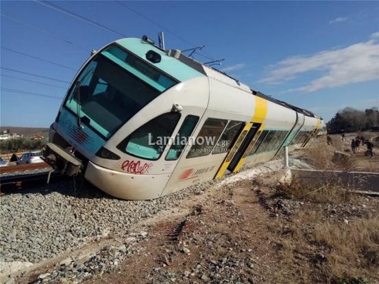Λαμία: Τρένο εκτροχιάστηκε και… τούμπαρε στο Λιανοκλάδι