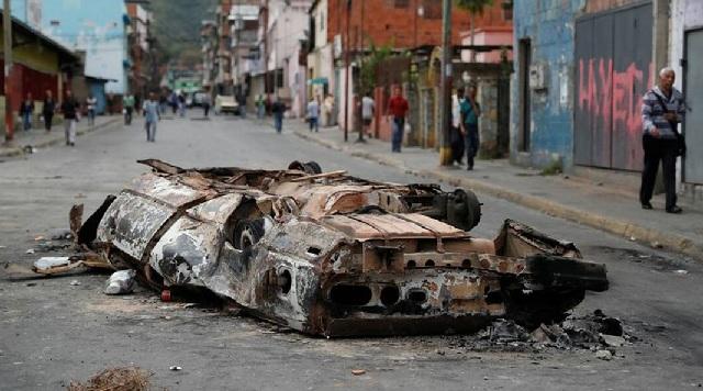 Με αίμα βάφτηκαν οι διαδηλώσεις στη Βενεζουέλα: Χάος, δεκάδες νεκροί και 850 συλλήψεις