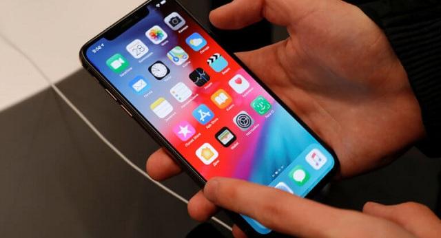 Τρέχει να διορθώσει λάθος στο FaceTime η Apple: Τι προκαλεί στα iPhone