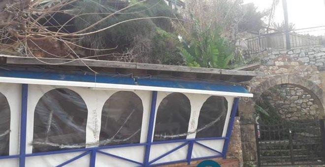 Μεσσηνία: Καταπλακώθηκε κατάστημα από τις κατολισθήσεις λόγω καιρού