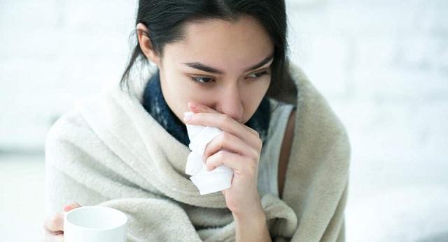 Συναγερμός για τη γρίπη: Επιπλέον οδηγίες για την αποφυγή της