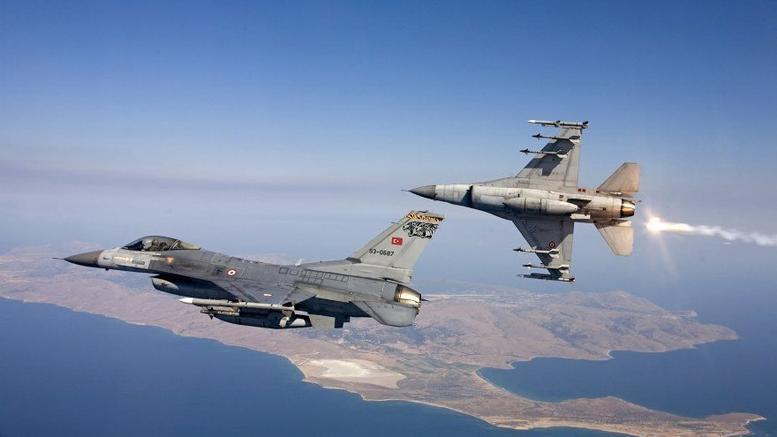 Θρίλερ πάνω από το Αιγαίο: Έσβησε ο κινητήρας σε τουρκικό F-16