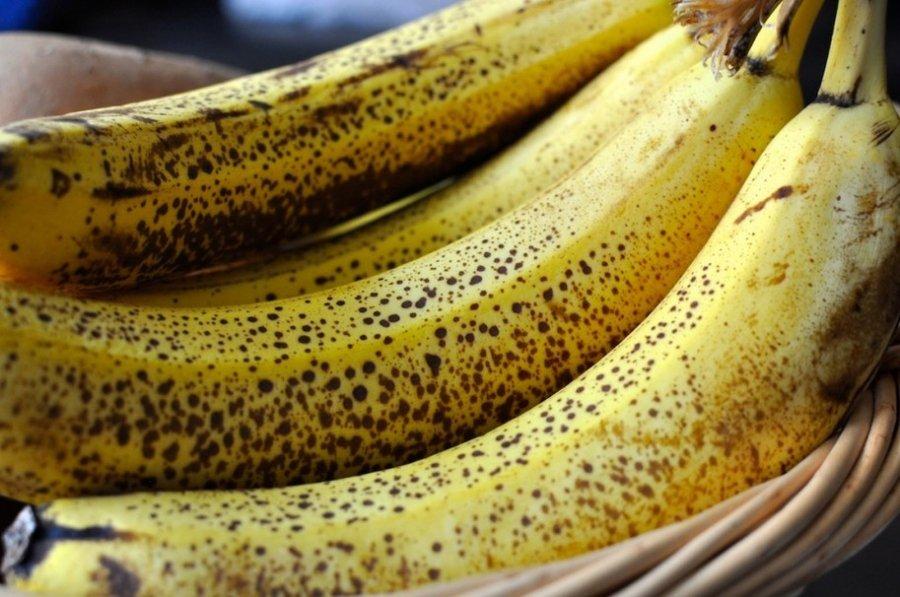 Πώς το χρώμα της μπανάνας που τρώτε επηρεάζει την υγεία σας