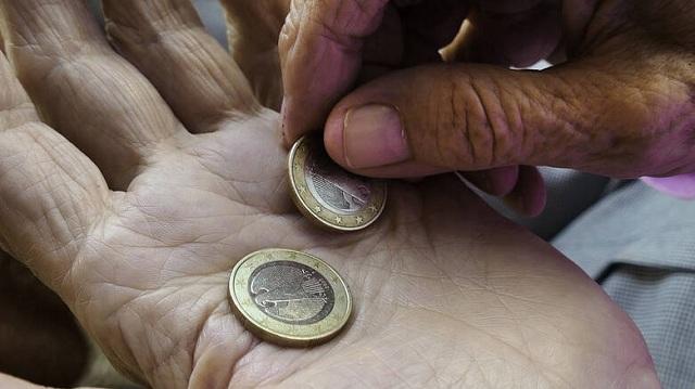Περικοπές 3,5 ετών επιστρέφονται σε συνταξιούχους