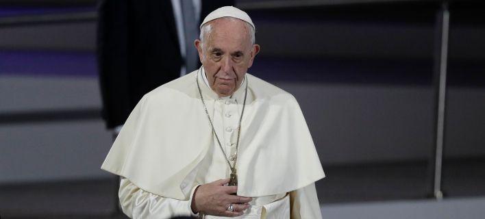 Ο Πάπας παραδέχθηκε ότι ιερείς είχαν καλόγριες ως σκλάβες του σεξ