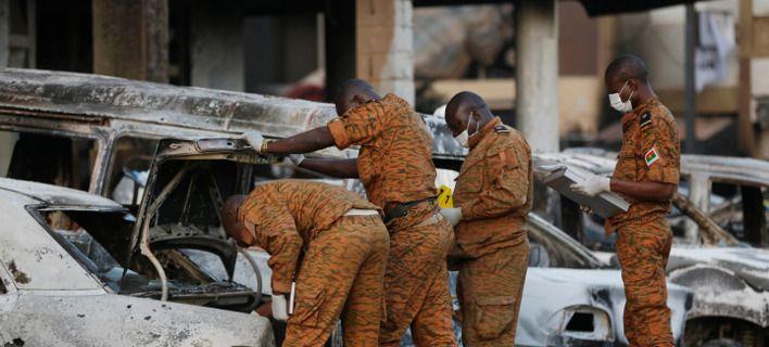Μπουρκίνα Φάσο: H στρατιωτική επιχείρηση εναντίον «τρομοκρατών» άφησε πίσω της 150 νεκρούς