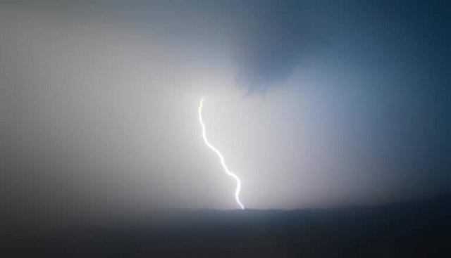 Έβρεξε… 120 κεραυνούς σε 10 ώρες: Ποια περιοχή έκανε ρεκόρ βροχής