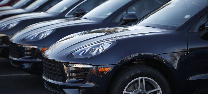 ΕΛΣΤΑΤ: «Ζεσταίνεται» η αγορά αυτοκινήτου και μοτοσυκλέτας