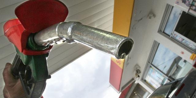 Ράλι ακρίβειας με την τιμή της βενζίνης