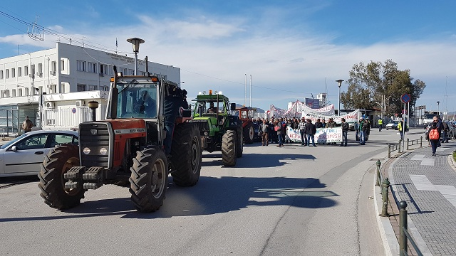 Στο πλευρό των αγροτών το Εργατικό Κέντρο Βόλου