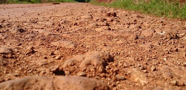 Οι γεωτρήσεις «στεγνώνουν» τον κάμπο: Σαχάρα... οι καλλιέργειες στη Θεσσαλία