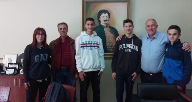 Μαθητές  του Γυμνασίου Αγριάς «ανέκριναν» τον Δήμαρχο Ρ. Φεραίου