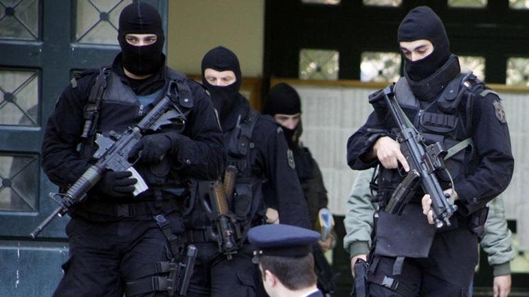Διώξεις για τον φόνο Ζαφειρόπουλου και άλλα κακουργήματα σε 13 άτομα από την Αντιτρομοκρατική