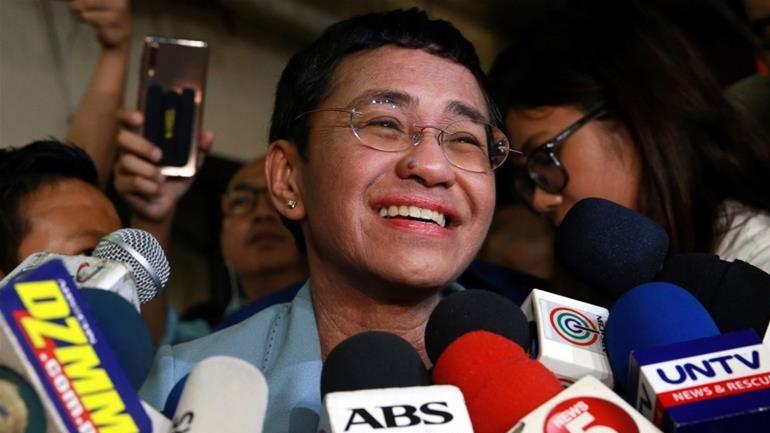 Φιλιππίνες: Ελεύθερη υπό όρους η βραβευμένη δημοσιογράφος Μαρία Ρέσα
