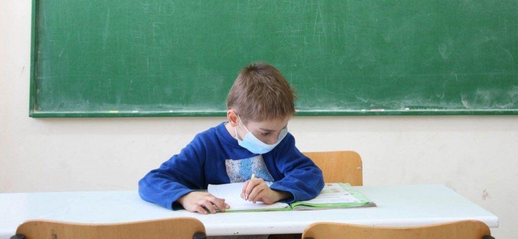 Οι συμβουλές των ειδικών για προφύλαξη των παιδιών από τη γρίπη