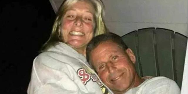 Άντρας έπνιξε τη γυναίκα του στο τζακούζι στο Σικάγο [εικόνες]