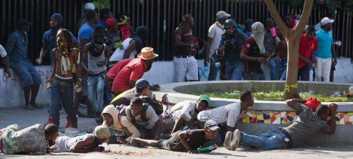 Επτά νεκροί από διαδηλώσεις στην Αϊτή: Οι ΗΠΑ ανακαλούν τους διπλωμάτες τους