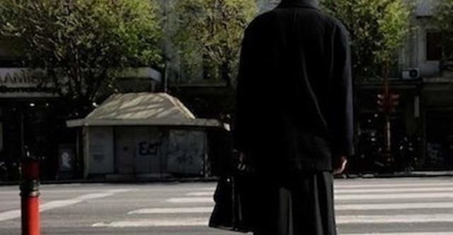 Στο εξωτερικό ο… άφαντος ιερέας από τον Τύρναβο: Αναζητούνται πολύτιμες εικόνες και… 140.000€