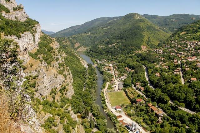 WWF: Σήμα κινδύνου για την περιβαλλοντική ρύπανση των ποταμών στη Βουλγαρία