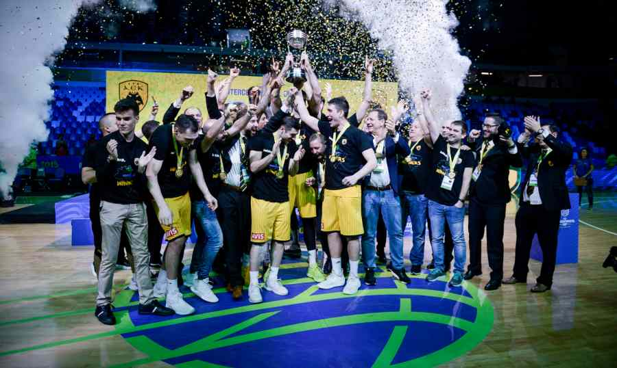 Η ΑΕΚ κατέκτησε το Διηπειρωτικό Κύπελλο στο Ρίο!
