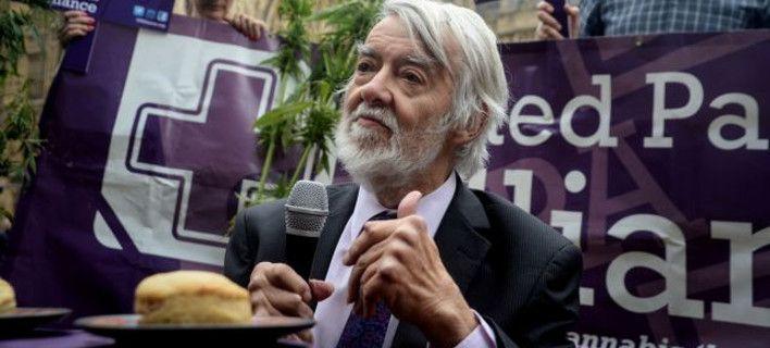 Πέθανε ο Πολ Φλιν, βετεράνος βουλευτής των Εργατικών