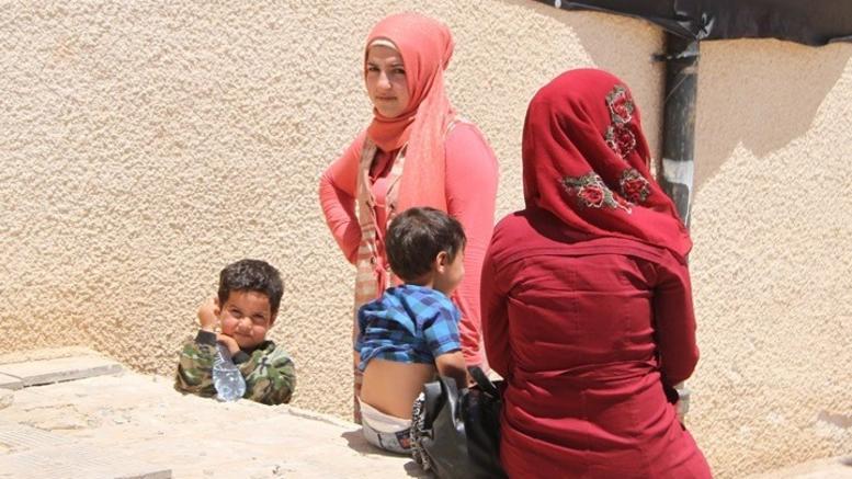 Διακόσιες οικογένειες έχουν εγκλωβιστεί από το Ισλαμικό Κράτος στη Συρία