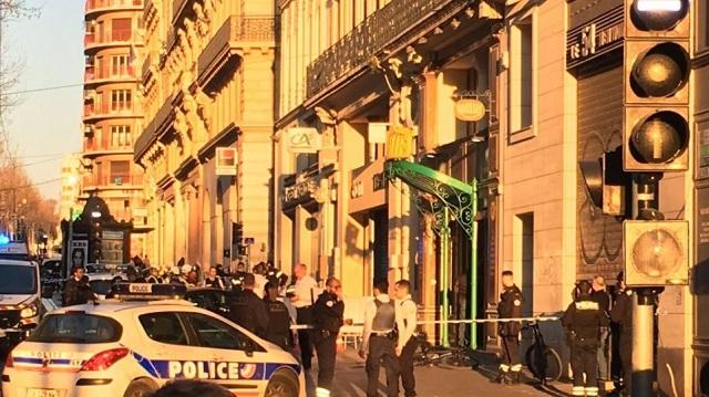 Αιματηρή επίθεση με μαχαίρι στη Μασσαλία: Τέσσερις τραυματίες