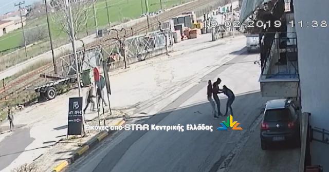 Άγρια επίθεση σε γυναίκα στη Θήβα για να τη ληστέψουν