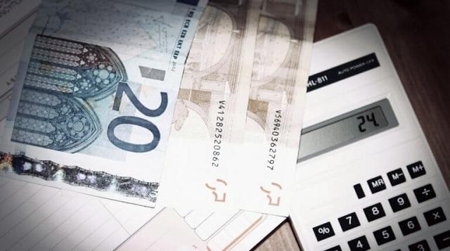 Αυξήσεις στις εισφορές για 1.100.000 ασφαλισμένους: Τα νέα ποσά [πίνακες]