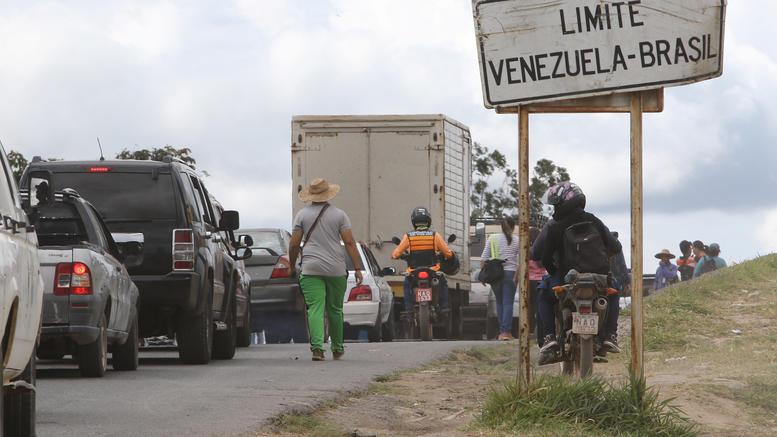 Επιμένει η Βραζιλία: Θα παραδώσουμε βοήθεια στη Βενεζουέλα