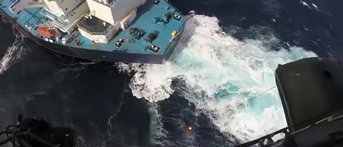 Δραματική επιχείρηση διάσωσης Έλληνα καπετάνιου στον Ατλαντικό