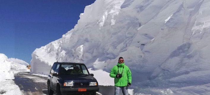 Σκηνικό αλά Ανταρκτική στο Βελούχι: 6 μέτρα χιόνι! [εικόνες]