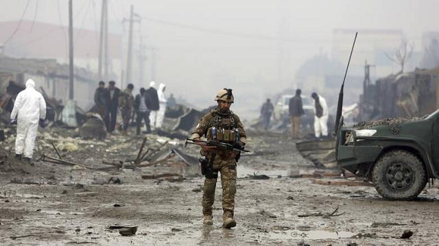 Αφγανιστάν: Δεκάδες νεκροί από επιθέσεις Ταλιμπάν. Πληροφορίες για όμηρους