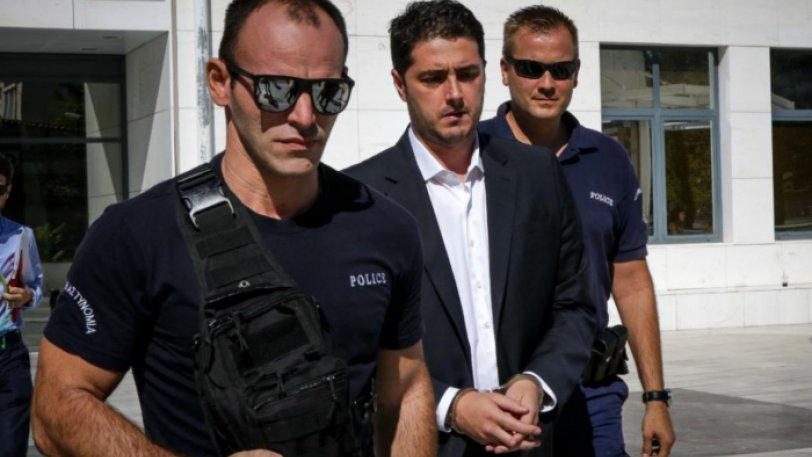 Ποινική δίωξη για εγκληματική οργάνωση σε 17 άτομα για την αποφυλάκιση Φλώρου