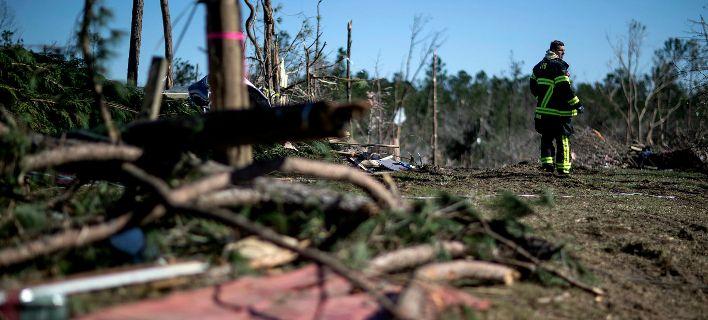 ΗΠΑ: 23 νεκροί από φονικούς ανεμοστρόβιλους στην Αλαμπάμα. Τουλάχιστον 7 αγνοούμενοι